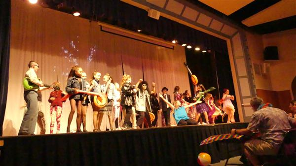 Students Host Air Band for the First Time!